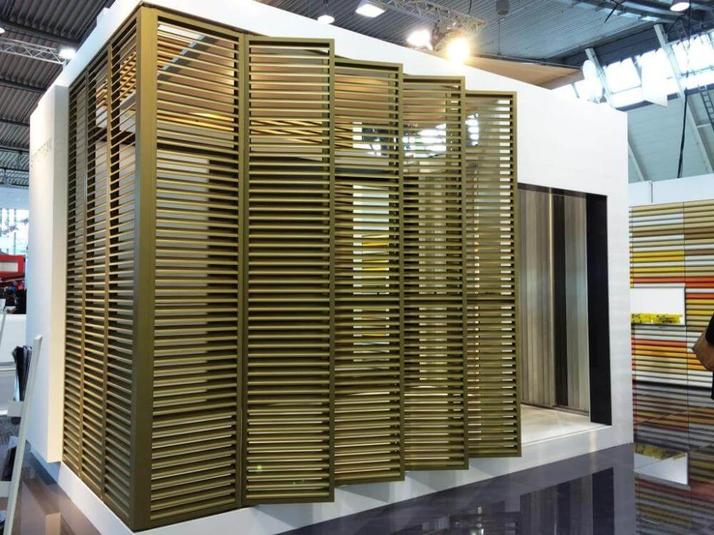 Bifold louvres